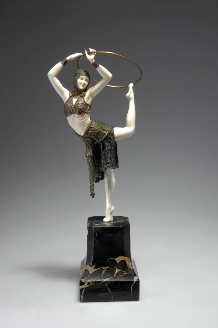 Demètre H. Chiparus (Romanian 1886 - 1947), Paris, Sculpture, Cold-painted, Patinated Bronze, Ivory and Onyx Base, 1928.