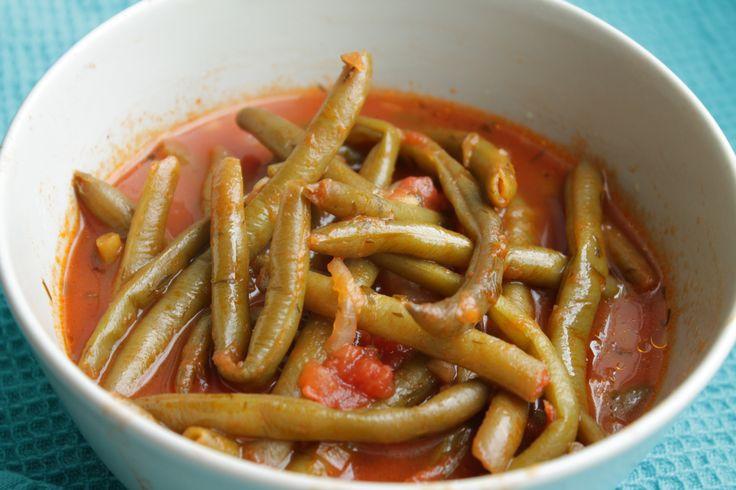 tomato sauce green beans greek green beans in tomato sauce fasolakia ...