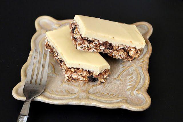 No Bake Figgy Oatmeal Bars with Healthy Vanilla Fondant