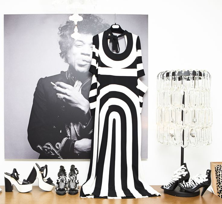 All black & white everything. www.thecoveteur.com/katie-mossman