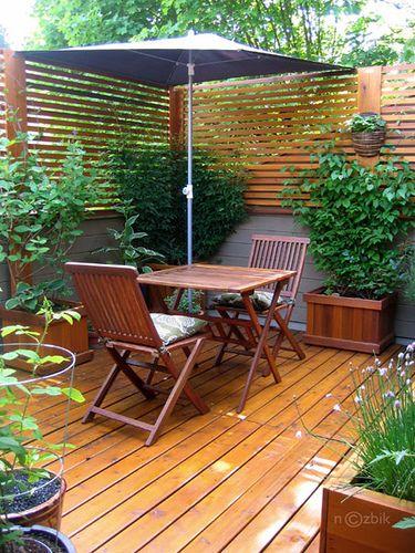 privacy screen, narrow slats, backyard #backyard #deck #