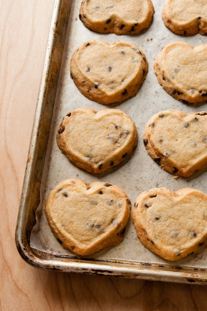 Easy Orange Chocolate Chip Shortbread that's perfect for tea time or a ...
