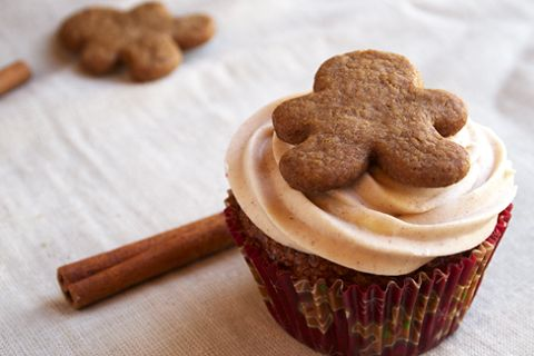 Gingerbread Cupcakes with Cinnamon Cream Cheese Frosting (from Melissa ...