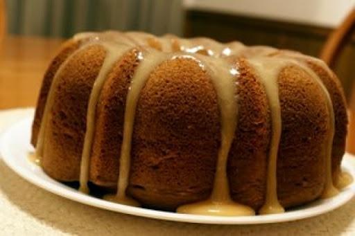 Irish Cream Bundt Cake | Recipes to Try - Sweet | Pinterest