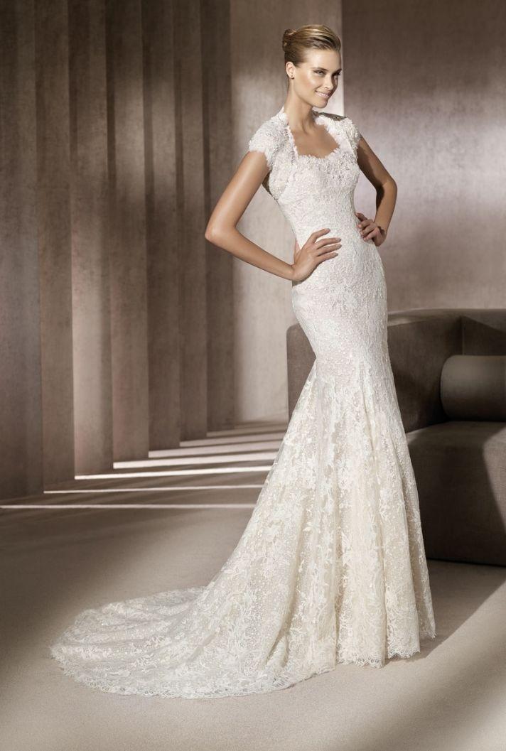 Cap sleeved lace mermaid wedding dress