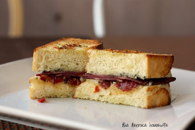 Bacon, Sun-Dried Tomatoes, & Roasted Garlic Grilled Cheese Sandwiches
