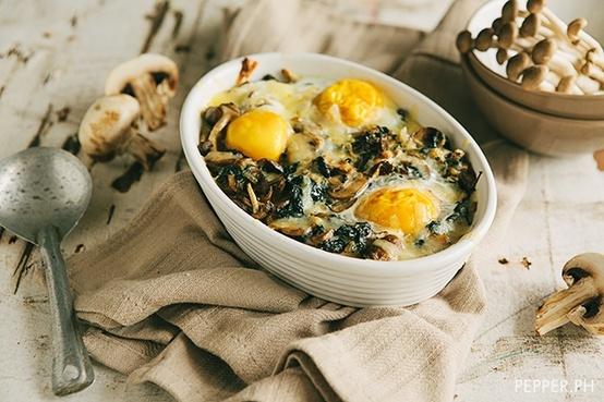 Mushroom-Spinach Baked Eggs | Healthy Foods and Recipes | Pinterest