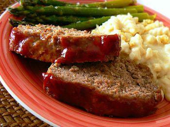 Meatloaf - Ann Landers' sister Helen's recipe - been using this recip...