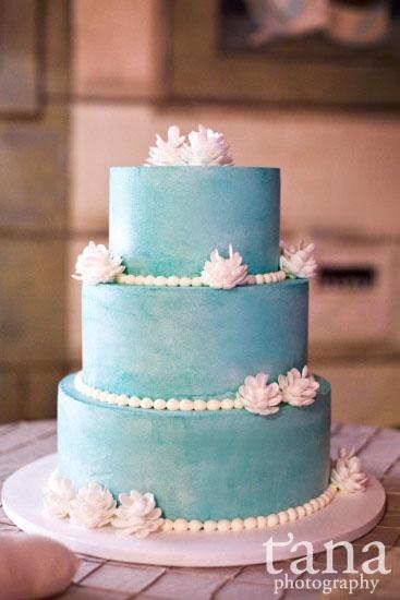 egg cakes apple tea cakes cakes in a cone pinecone wedding cake cake ...