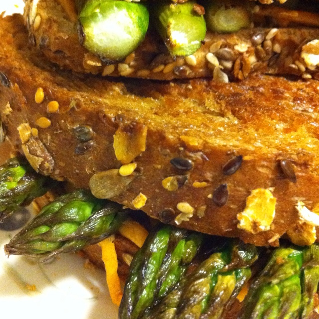 Asparagus vegan grilled cheese | Lunch | Pinterest