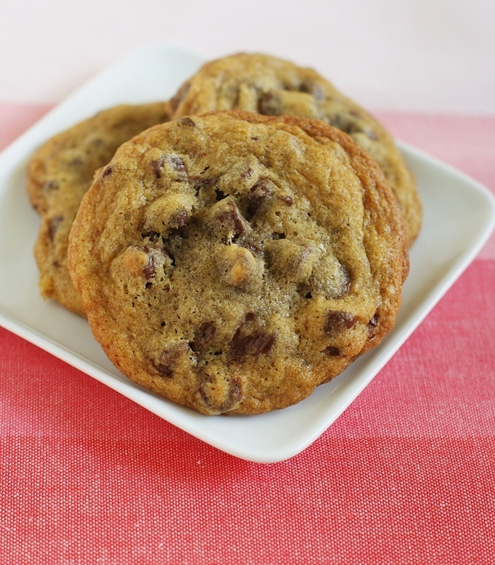 nutella stuffed chocolate chip cookies. i need to make these this ...