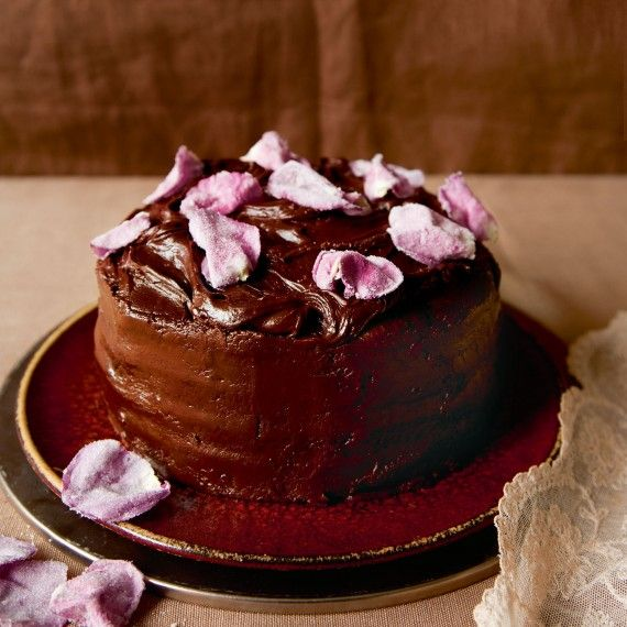 for our delicious best-ever chocolate fudge cake recipe sets fast ...