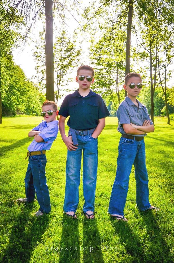 Backyard Family Portrait Ideas : Outdoor family portrait ideas  photography  Pinterest