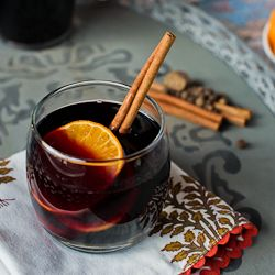 Mulled Wine (Vin Chaud) - an old world sense of comfort - red wine ...