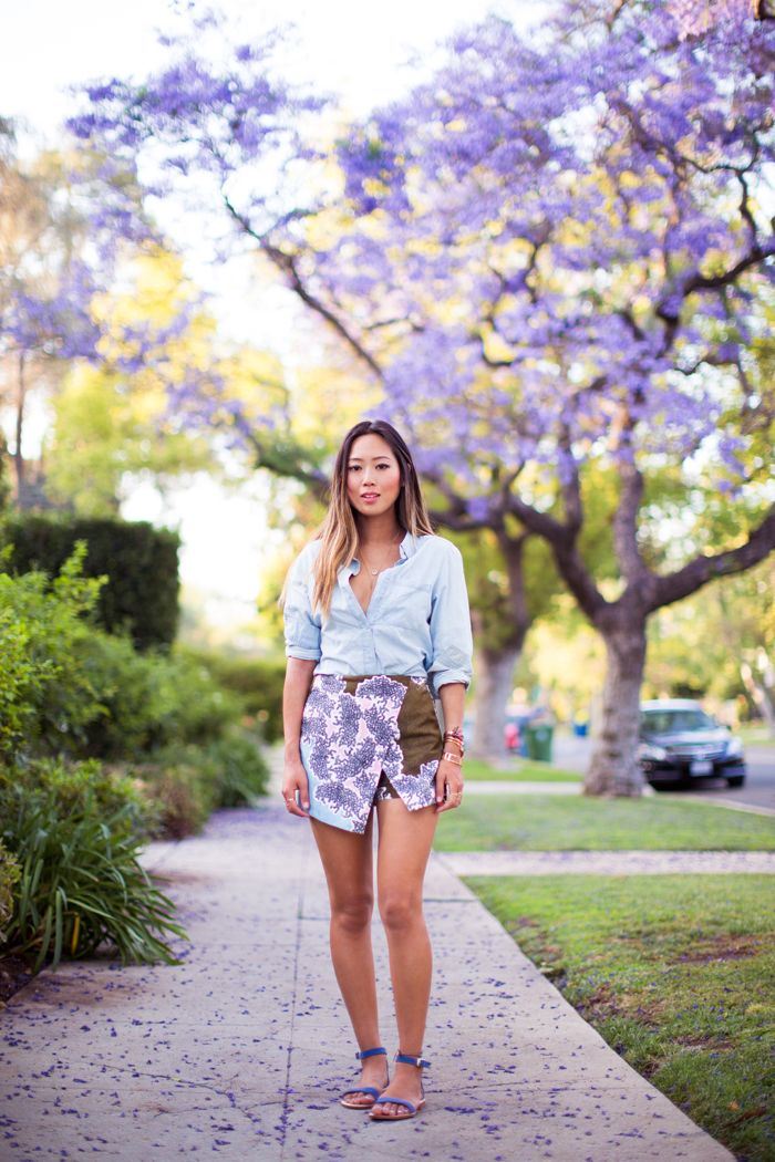 spring in the city, pairing my topshop skort with the blooming jacaranda trees http://www.songofstyle.com/