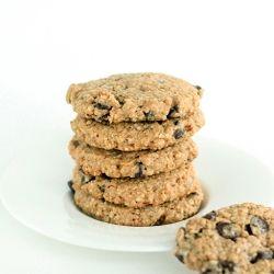 Whole wheat oatmeal chocolate chip cookies wih hemp hearts & coconut ...