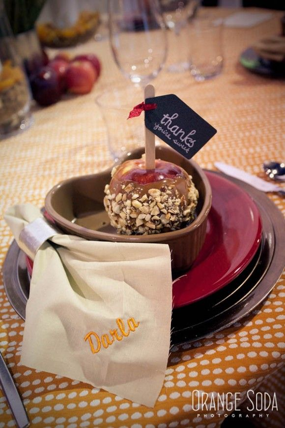caramel apple favor, apple wedding favor, apple wedding ideas, Fall wedding ideas, embroidered napkins, orange and red wedding