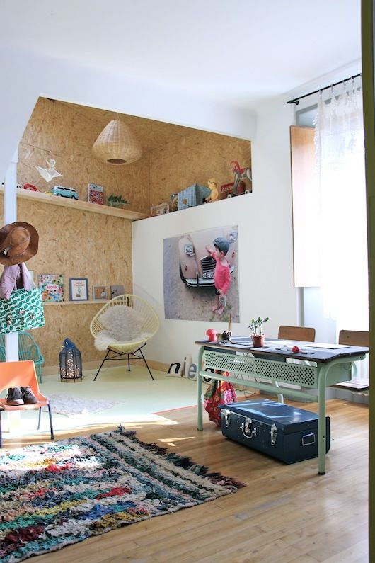 mommo design PLYWOOD IN KIDS ROOM