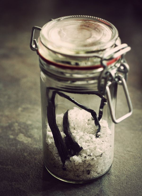 Oh yes...VANILLA SALT. Mix Maldon Sea Salt w/ Vanilla and use in your ...