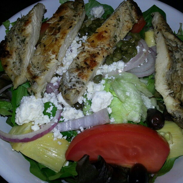 Greek salad with grilled chicken. | Rabbit Food | Pinterest