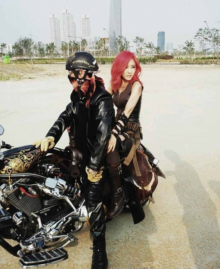 ara - HyoMin   Day by Day MV set Hyomin Day By Day