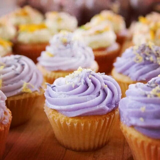 Honey Lavender Cupcakes | Food, Drinks and More | Pinterest