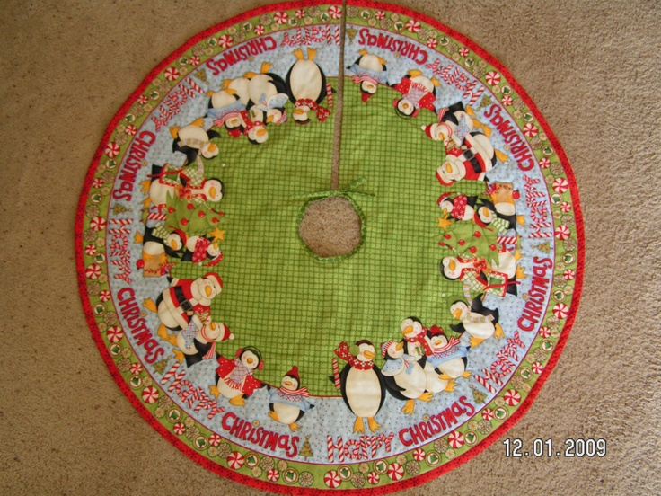 Quilted Christmas Tree Skirt Pinterest : Image detail for -Quilted Penguin Christmas Tree Skirt by donnasquiltcreations