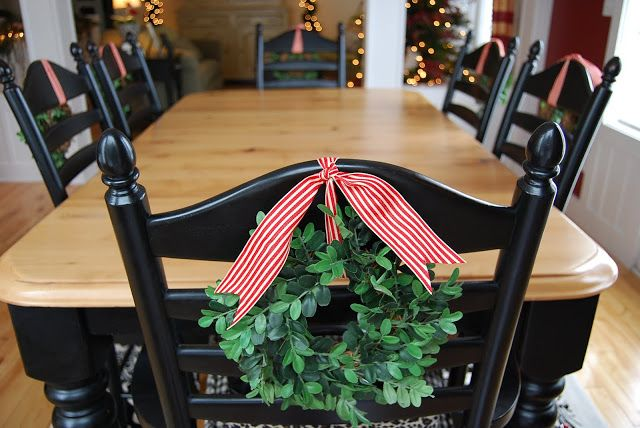 Dining room chair christmas decorations i think i can for Christmas decorating ideas for dining room chairs