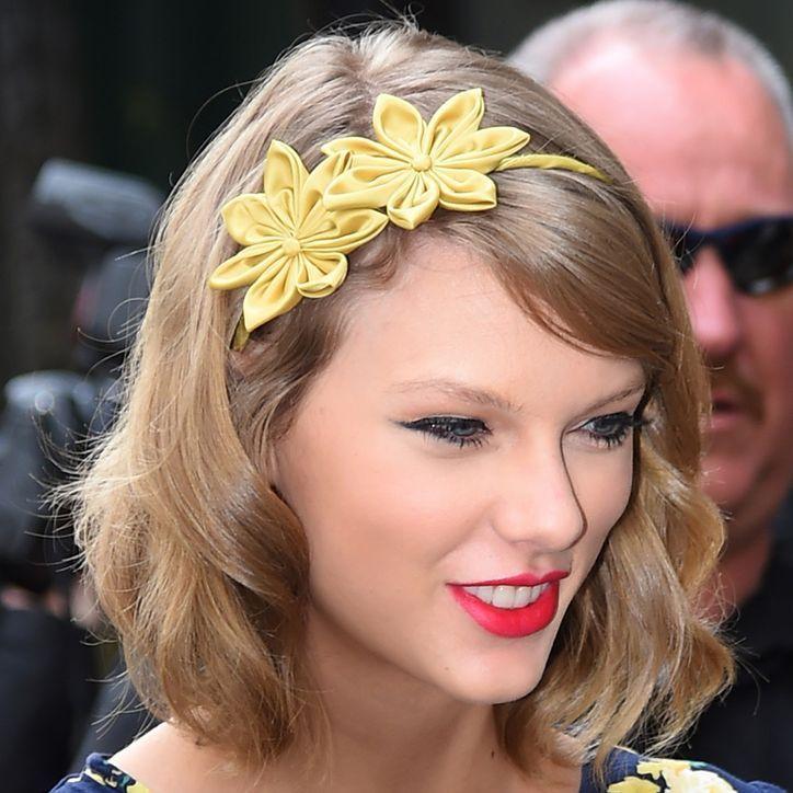Swift flower child fashion