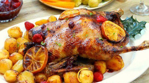 Рецепт приготовления утки с яблоками и апельсинами в духовке