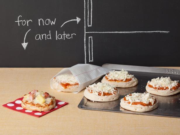 Make-Ahead Personal Pizzas #RecipeOfTheDay