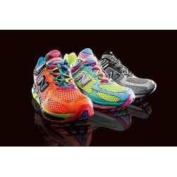 These neon shoes are so awesome! They would also be really great to