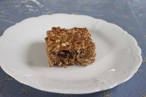 Chewy Fruit and Oatmeal Bars (Breakfast on the Go!) | Recipe