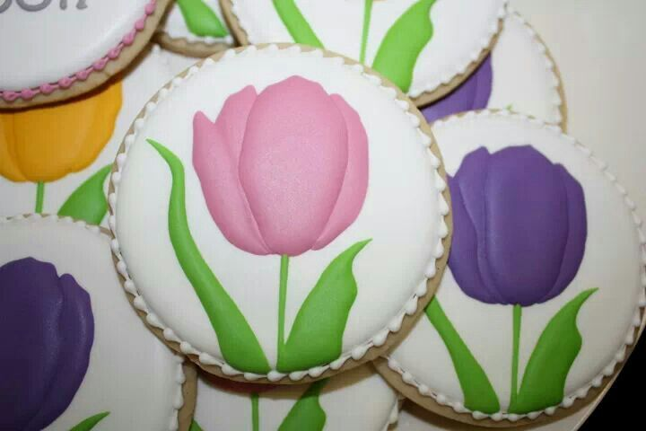 Tulip cookies. .. sooo delicate! | Everything Cakes and Flowers | Pin ...