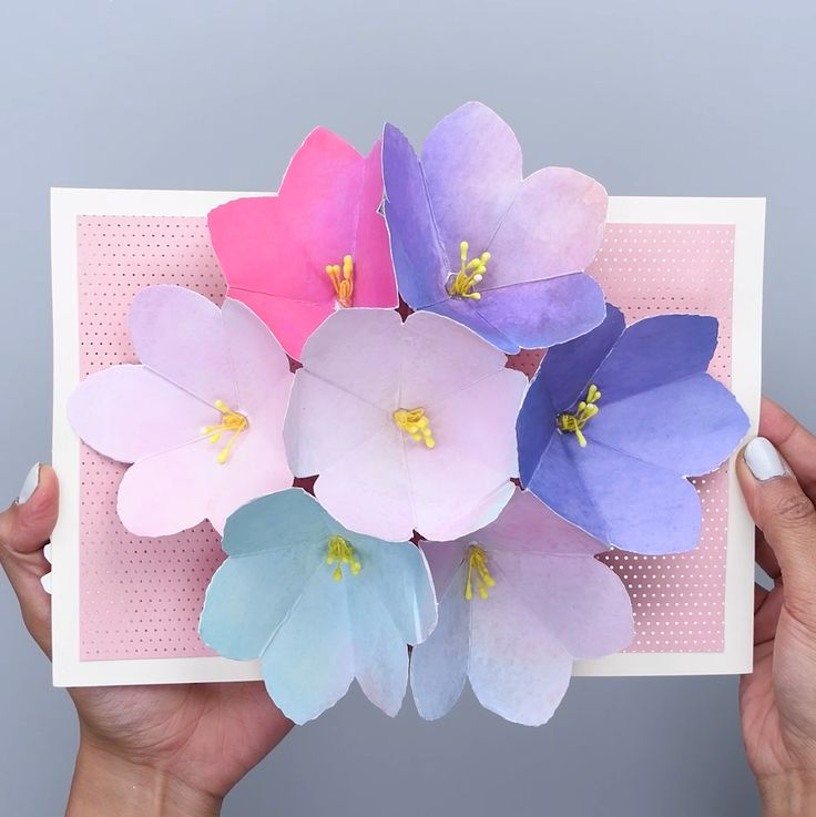 Как сделать внутри открытки объемный цветок 688