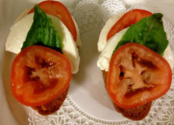 Tomato, Basil & Fresh Mozzarella Tartine | MD - Delicious Dishes from ...