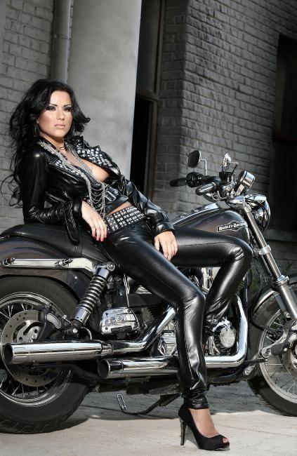 sexy biker chick | Biker ideas | Pinterest
