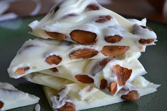Homemade Almond Bark with Sea Salt | Homemade Candies | Pinterest