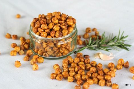 Roasted Chickpeas with rosemary lemon & garlic - good tip for getting ...