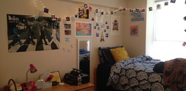 How to Organize Your Dorm Room for Practicality ~ 062556_Dorm Room Arrangement Ideas