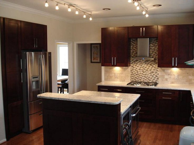 Chocolate brown kitchen ideas for Chocolate brown kitchen cabinets