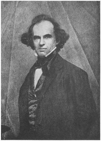 Nathaniel hawthorne essay