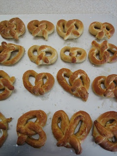 Homemade Soft Pretzels | Soft Pretzel Recipe | Brown Eyed Baker