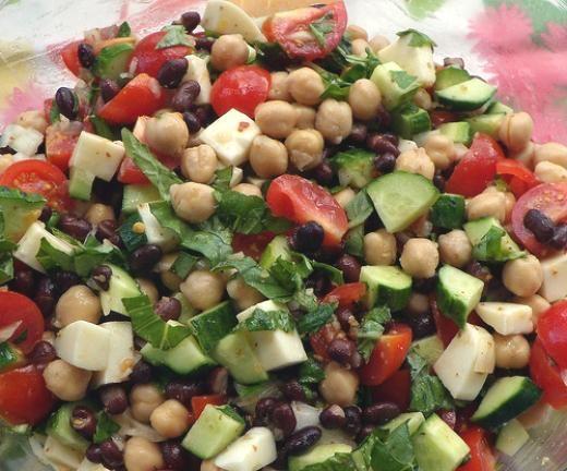 Garbanzo Bean & Tomato Greek Salad | Food | Pinterest