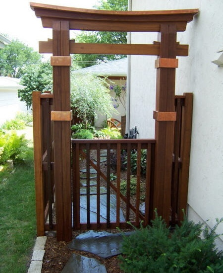 Japanese gate garden gates pinterest for Japanese garden structures