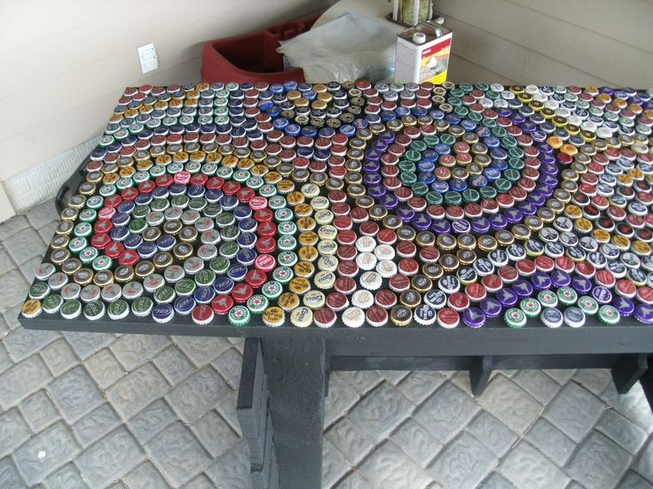 Beer cap bar top bottle cap countertop apt decor ideas for Beer cap bar top