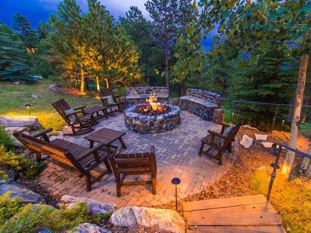 Amazing fire pit home pinterest for Amazing outdoor fire pits