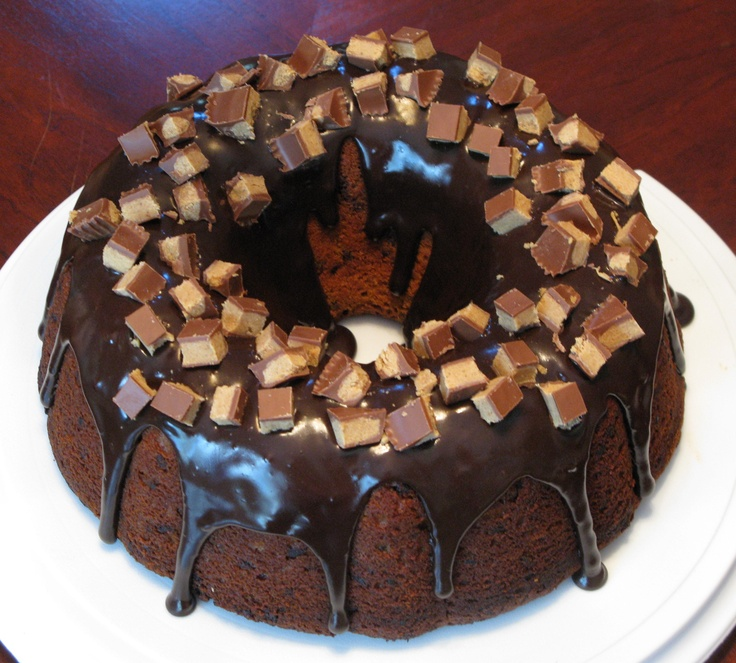 Peanut Butter Bundt Cake loaded with Mini Chocolate Chips, covered ...