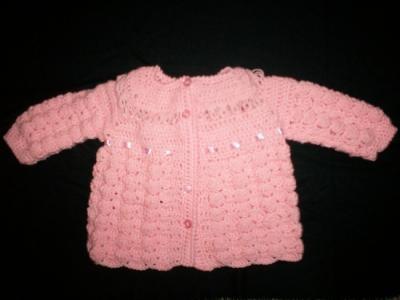 batita de bebe en crochet batita de bebe lana o hilo,cinta de raso,botones adecuados crochet