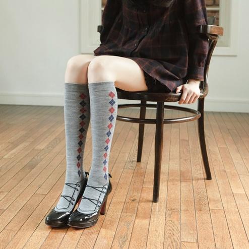 ... ニーハイソックス 靴下屋 | socks